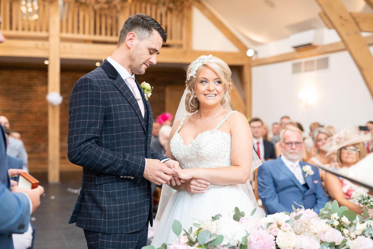 mythe barn wedding photographer