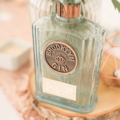 How to incorporate GIN into your wedding